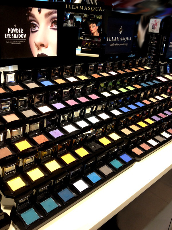 Illamasqua Eyeshadow Display at Central Chidlom