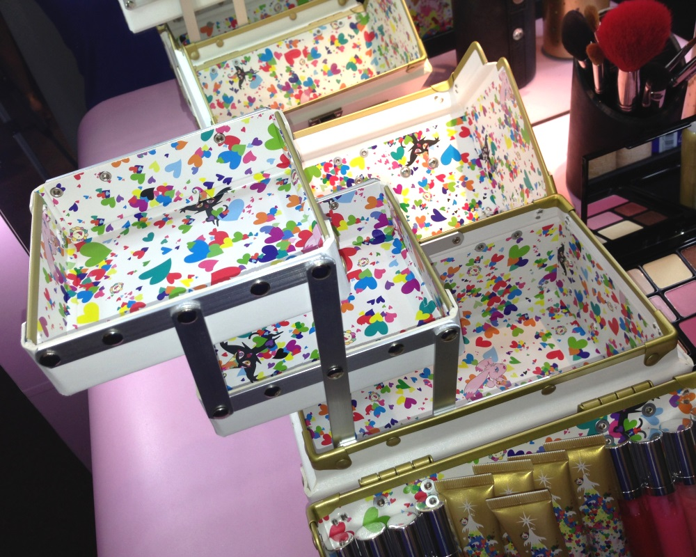 Takashi Murakami for Shu Uemura 6 Heart Princess Six Heart Princess Make-up Box